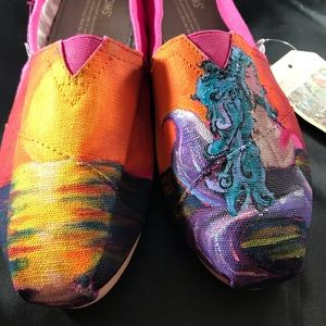 Toms 7.5 hand painted mermaid shoes new